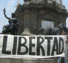 x carolina El 15 de mayo, Día del Maestro en México, se realizó un mitin por la libertad del profesor Alberto Patishtán Gómez en el...