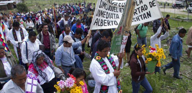 Al cumplirse 13 años de injusto encarcelamiento del profesor Alberto Patishtán, se realizó una misa frente al CERESS 5 de San Cristóbal de Las Casas....
