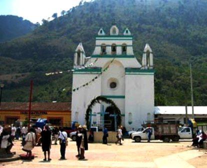 parroquia-de-san-pedro-chenalhc3b31