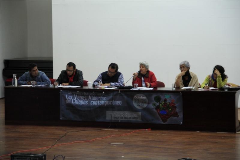 En este seminario se está socializando las afectaciones socio-ambientales del sistema capitalista extractivo vigente en nuestra región y se comparten experiencias de resistencias y alternativas....