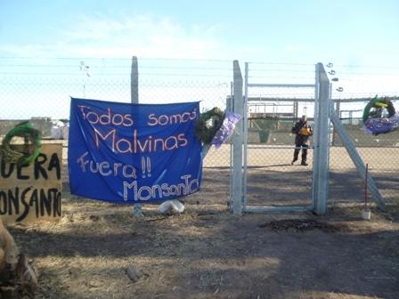 bloqueo_monsanto_en_malvinas_argentinas_30.9.13_indymedia_c_rdoba__7_