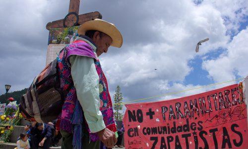 Audios de RadioZapatista. Texto y fotos de Marta Molina El domingo 18 de mayo de 2014 se realizó en San Cristóbal de Las Casas, Chiapas,...