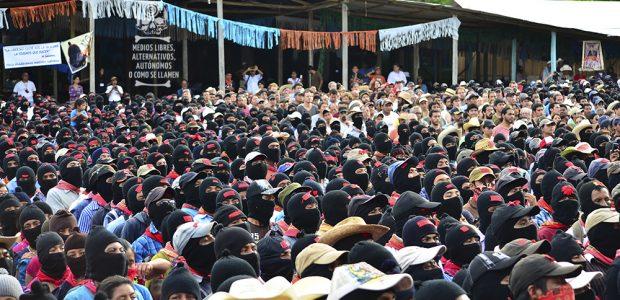 24 de mayo 2014.- Caracol I de La Realidad, Chiapas por Medios libres, alternativos, autónomos o como se digan… Un cinturón de milicianos insurgentes vestidos...