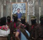 La Realidad, Chiapas, 25 de mayo 2014.- Por medios libres, alternativos, autónomos o como se digan. Esta madrugada, como cierre del homenaje al compañero Galeano,...