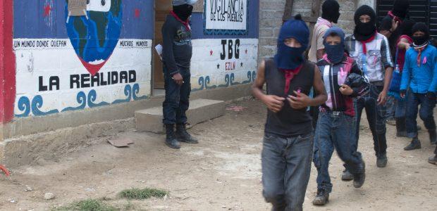 EJÉRCITO ZAPATISTA DE LIBERACIÓN NACIONAL. MÉXICO. Julio del 2014. A l@s compañer@s de la Sexta en México y el Mundo. Compas tod@s: Reciban nuestros saludos...