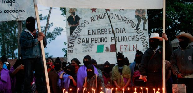 Municipio Autónomo Rebelde Zapatisa San Pedro Polho, Chiapas, 22 de octubre. Reporte colectivo por Koman Ilel, Colectivo Zero, Radio Ñomdaa y Masde131. Con velas, en...