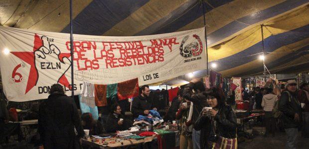 Texto: Eugenia Gutiérrez. Colectivo Radio Zapatista. Fotos: Subversiones Nos cayó la autonomía, se nos vino encima como la lluvia interminable de una noche que fue...