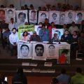 150209-Ayotzinapa-respalda-a-EAAF