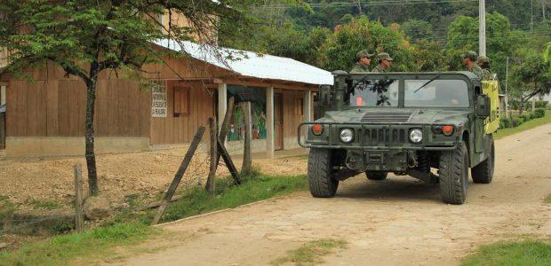 Al Ejército Zapatista de Liberación Nacional A las Juntas de Buen Gobierno A las Bases de Apoyo del EZLN A lxs compañerxs de la Sexta...