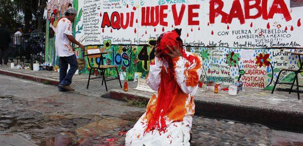 Ayotzinapa               Acción por Ayotzinapa en Caracol II del EZLN, Oventic, Chiapas:...