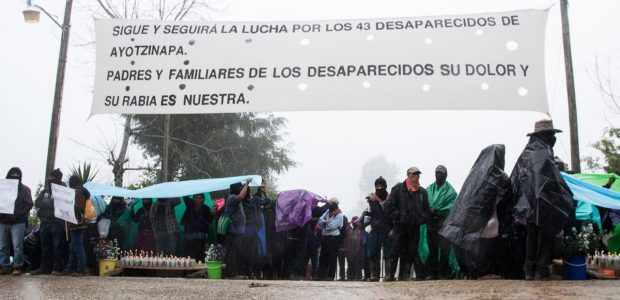 Oventic, Chiapas, 26 de septiembre de 2015. Miles de Bases de Apoyo del Ejército Zapatista de Liberación Nacional (BAEZLN), se manifestaron desde temprana hora en...