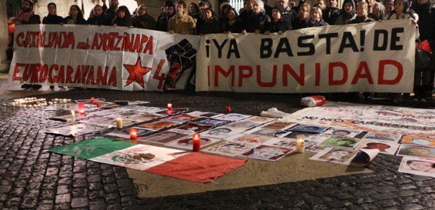 Ayotzinapa continúa latiendo después de 16 meses Fuente: https://directa.cat/ayotzinapa-continua-bategant-setze-mesos-despres A 16 meses de la matanza y desaparición de los estudiantes de Ayotzinapa, las movilizaciones continúan...