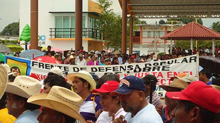 Por: CDH Digna Ochoa Tonalá, Chiapas a 24 de Mayo de 2016 Boletín Núm. 04-2016 Actos de Intimidación y criminalización en contra de Mateo Cortez...