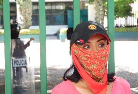 """FUENTE: Radio Pozol Tuxtla Gutiérrez, Chiapas. 9 de junio. """"Es aquí donde realmente se está imponiendo la reforma educativa; es aquí donde están sacando toda..."""
