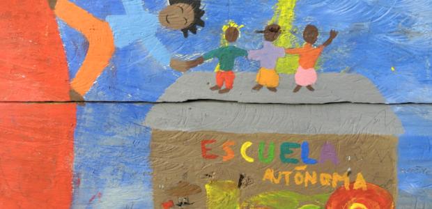 """Mural zapatista. Foto tomada de: sanmarcosaviles.wordpress.com Por: Eugenia Gutiérrez, colectivo Radio Zapatista. México, agosto de 2016. """"Omnes omnia omnino"""", propuso Juan Amós Comenio. Hace ya..."""
