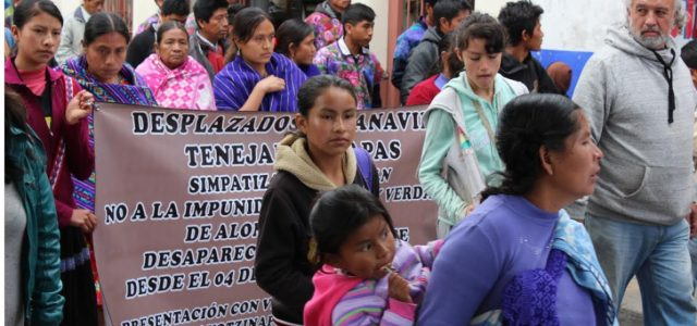 A las juntas del Buen Gobierno E.Z.L.N Al Congreso Nacional Indígena A la Sexta Declaración de la Selva Lacandona A los Centros de Derechos Humanos...