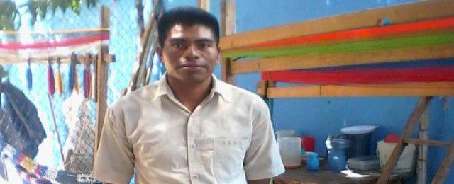 Diego López Méndez Mi historia Yo nací en el barrio de Chixletic, municipio Sam Juan Cancuc (Chiapas), ahí crecí, a los 5 años tenía yo...