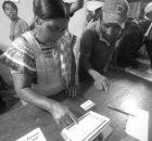 Desde el sábado 14 de octubre, la telefonía celular y la conexión al internet dejaron de funcionar en la ciudad de Altamirano, y el...